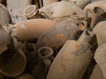 Mycket forntida amphorae arkivfoto