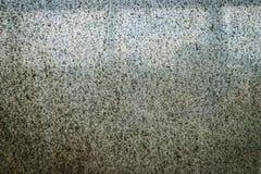 Mycket gammalt smutsigt fönster Arkivfoton