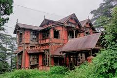 Mycket gammalt tegelstenhus Fotografering för Bildbyråer