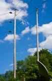 Mycket högväxta elektriska poler Royaltyfri Fotografi