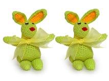 mycket lilla gröna dekorativa kaniner arkivfoton