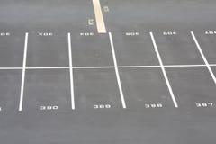 mycket parkerande rad Arkivbilder