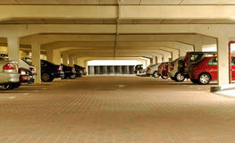 mycket parkerande tunnelbana Royaltyfria Bilder