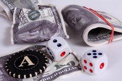 mycket pengar Ett pris i en kasino Arkivfoto