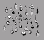 Mycket små flaskor Arkivbilder