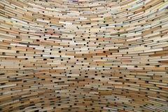 Mycket stor bunt av böcker Arkivbilder
