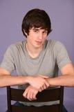 mycket ung stilig man för closeup Fotografering för Bildbyråer