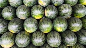 Mycket vattenmelon på risskalet arkivbilder