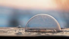 Mydlanego bąbla szybko mróz w zimnej pogodzie zdjęcie wideo