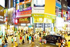 Myeong-dong fashions district at night, Seoul Royalty Free Stock Photos