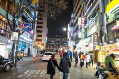 Myeong-dong, SEOEL, ZUID-KOREA Stock Foto's
