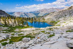 Mygga Lakes, Sequoianationalpark Royaltyfri Bild