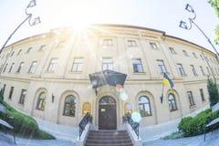 Mykolayiv Ukraina - Juni 29, 2017: Mykolayiv regionalt museum av lokal historia - Staroflotski baracker royaltyfri fotografi
