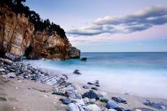Mylopotamos海滩在皮立翁山 免版税图库摄影