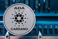 Mynt av ADA på bakgrunden av nummer som tillfogar maskinen stock illustrationer