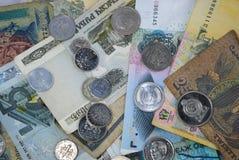 Mynt och sedlar av olika länder Royaltyfria Foton