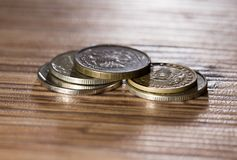 Mynt på tabellen Makro arkivbild