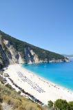 Myrtos strand av den Kefalonia ön Royaltyfri Foto