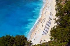 Myrtos strand, Grekland Arkivbild