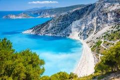 Myrtos strand, Kefalonia, Grekland arkivfoton