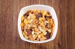 Mysli i den glass bunken, begrepp av sund näring och förhöjningämnesomsättning Royaltyfri Bild