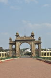 Mysore slottmaingate. Royaltyfri Foto