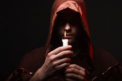 Mysteriöser katholischer Mönch Lizenzfreie Stockfotos