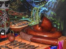 Mystieke achtergrond met rituele voorwerpen van esoterische, geheime, waarzegging, magische voorwerpen Geheim, esoterisch, waarze stock foto