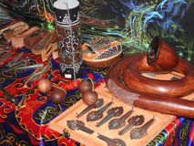 Mystieke achtergrond met rituele voorwerpen van esoterische, geheime, waarzegging, magische voorwerpen Geheim, esoterisch, waarze stock foto's