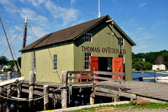 Mystiker, CT: Thomas Oyster Company stockbild