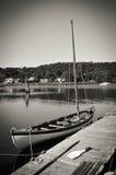 Mystikerhamnstadsegelbåt arkivbilder