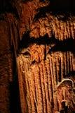 Mystische Höhlen - Stalaktiten und Stalagmite - 17 stockfoto