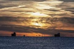 Mystischer Sonnenuntergang auf der Ostsee Lizenzfreies Stockfoto