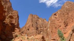 Mystisk kanjon i det Tianshan berget Arkivfoto