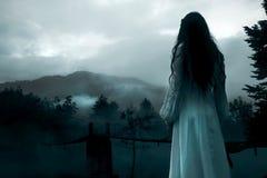 mystisk kvinna arkivfoto