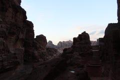 Mystisk Petra på natten arkivfoto