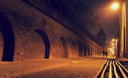 Mystisk plats i den gamla Sibiu staden royaltyfria bilder