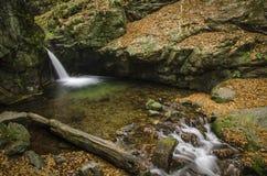 mystisk vattenfall Royaltyfri Bild