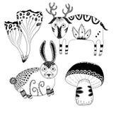 Mystiska gulliga sm? hjortar, gullig kanin och spets- skogchampinjoner Mystisk skog hand-dragen linje konstupps?ttning stock illustrationer