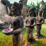 Mythologie und religiöse Statuen an Wat Xieng Khuan Buddha-Park laos stockbild