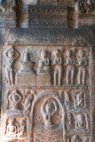 Mythologisch verhaal van de penitentie van Parvati, Binnenpijlers, agra-mandapa, Airavatesvara-Tempel, Darasuram, Tamil Nadu royalty-vrije stock foto's