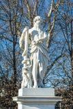 Mythologische Statue von Aesculapius Lizenzfreie Stockfotos