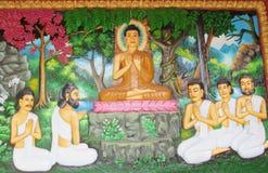 Mytologisk bild på väggen av den asiatiska templet Royaltyfri Foto