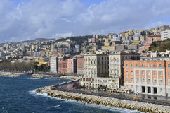 Nápoles en enero después de la lluvia. foto de archivo