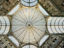 Nápoles, galeria Umberto I, a abóbada foto de stock royalty free