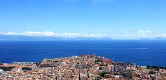 Nápoles Vista do mar Mediterrâneo fotografia de stock royalty free