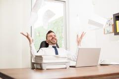 Não mais trabalham, ele são finalmente sexta-feira! Imagens de Stock