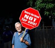 Não para o sinal da venda Imagens de Stock Royalty Free