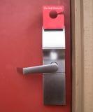 Não perturbe o punho do Doorlock do motel do hotel Foto de Stock Royalty Free