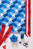Nähen der Steppdecke mit stilisierten Elementen der amerikanischer Flagge Lizenzfreie Stockfotos